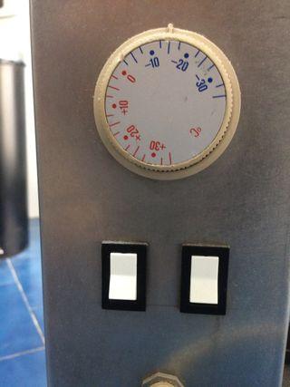 Enfriador y calentador de liquido