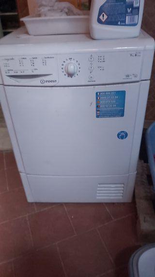 secadora súper nueva solo 2 usos