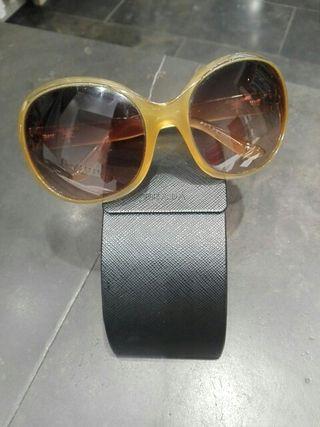 1dc25fb697 Gafas de lujo de segunda mano en WALLAPOP