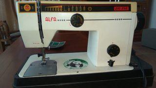 Máquina de coser alfa