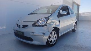 Toyota Aigo 1.0 Gasolina 3p. - Golpe delantero