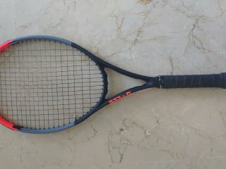 raqueta de tenis Wilson Clash 100 Tour