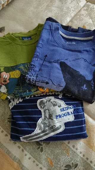 3 camisetas de niño Talla 6