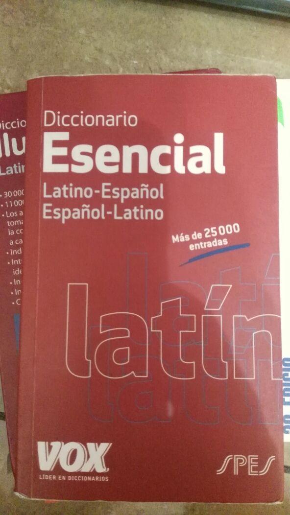 diccionario latin esencial