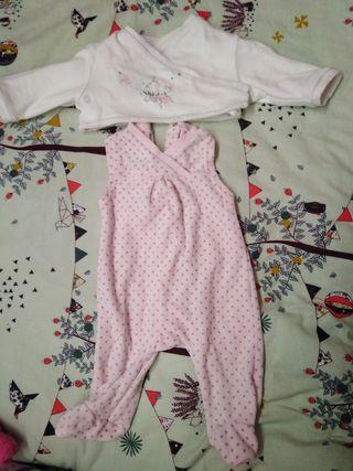 pijama y chaquetita 3 meses