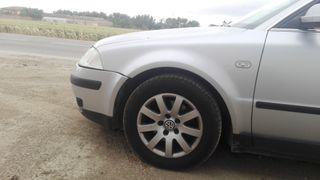 Volkswagen Passat 2001 vendo entero o despiece