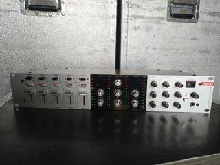Mesa de mezclas rack Fonestar SM-1855