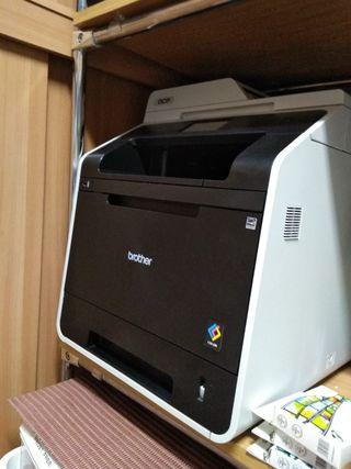 Impresoras multifunción láser color DCPL8400CDN