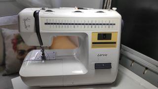 maquina de coser lervia