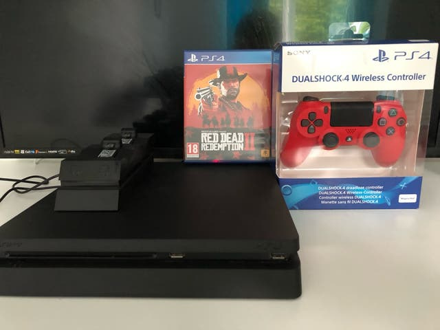PS4 Slim 500gb with BRAND NEW controller
