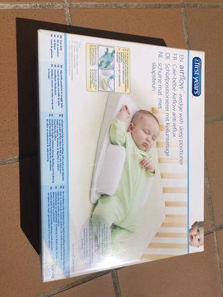 Cuña antirreflujos bebe