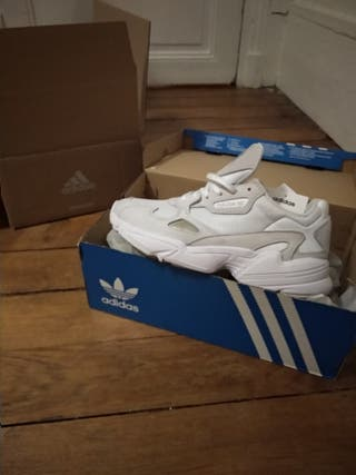 Basket Adidas Falcon W neuves