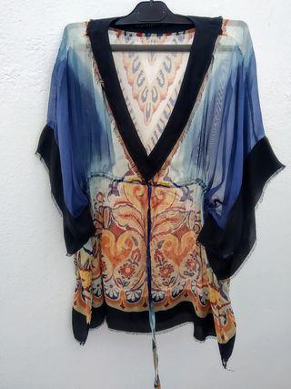 Blusón transparente estampado Zara