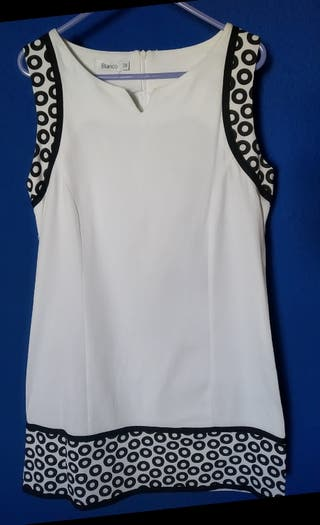 Vestido blanco corto tipo años 60. Talla M