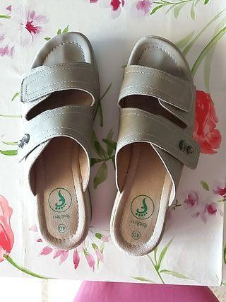 Zapatillas con ancho especial