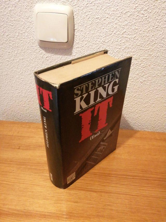 "LIBRO ""IT"" (STEPHEN KING)"