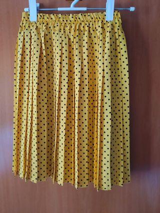 Falda pliegues color amarillo lunares negros