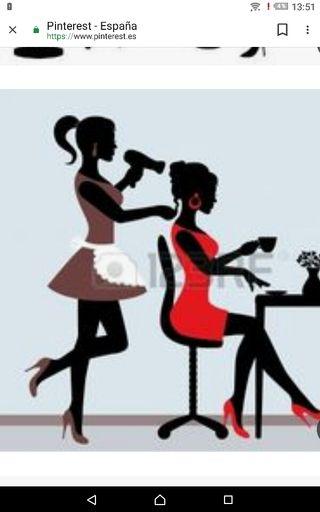Se necesita peluquera