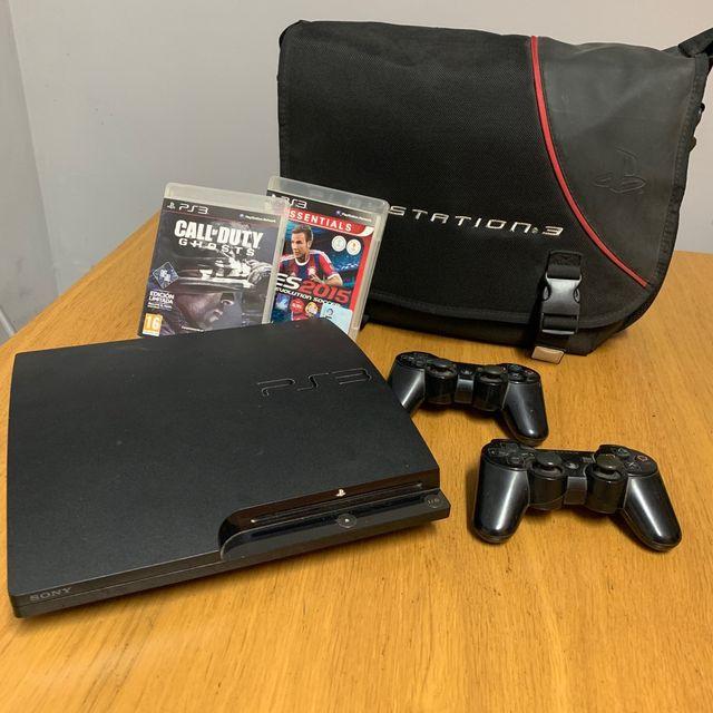 Consola PS3 + 2MANDOS + 2JUEGOS + FUNDA PS3