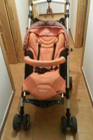 Cochecito trio bebé Confort Loola Up y silla auto