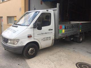 Furgoneta camión 3500 caja abierta y enganche