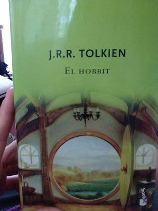 """Libro """"El Hobbit"""", Tolkien."""