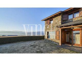 Casa adosada en venta en Puigcerdà
