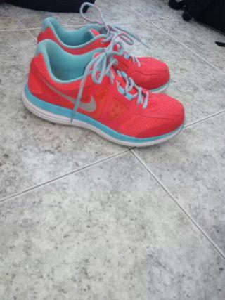 En Los Sebastián Segunda De Zapatillas Mano Reyes Nike San W9YbeEHD2I