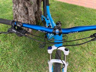 Bicicleta MTB 29 doble