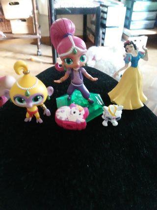 lote de muñecos miniatura