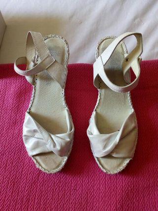 zapatos novia Juncal Aguirre