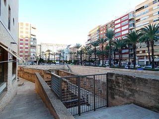 Parcela en venta en Ayuntamiento - Centro en Alzira