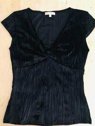 Camiseta top terciopelo negro