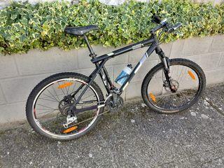 Bicicleta de montaña GT Avalanche