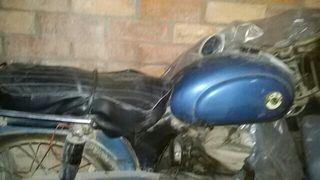 Motocicleta Ossa