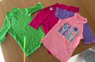 Camisetas baño/surf talla 6-8