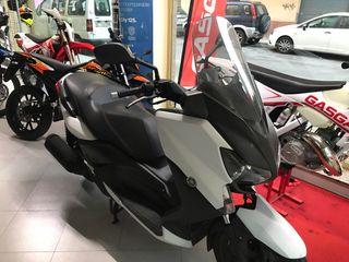 1431cdeea12 Asiento de moto Xmax de segunda mano en WALLAPOP