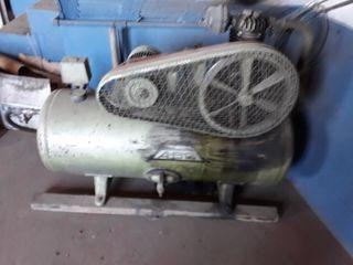 Un compresor industrial.