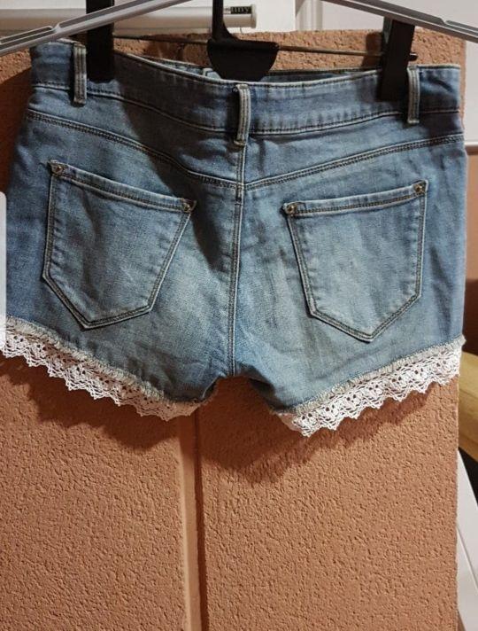el precio se mantiene estable buena venta cómo hacer pedidos Pantalones vaqueros con puntilla blanca de segunda mano por ...