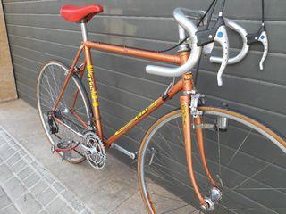 Bicicleta clásica carretera Amat
