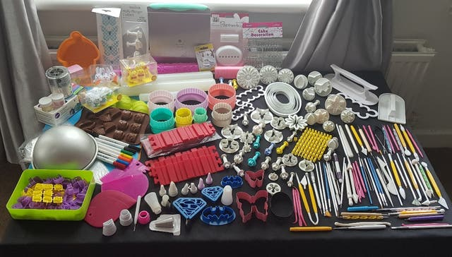 huge bundle off disney baking tools
