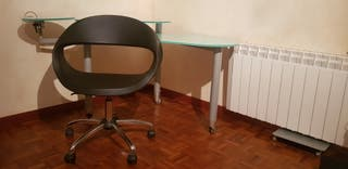 mesa escritorio cristal +silla diseño .