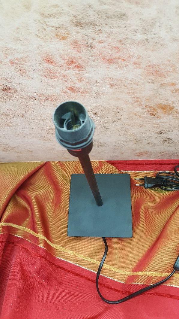 Pie de lámpara metal