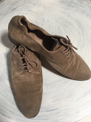 n.d.c. Zapatos de cordones T41