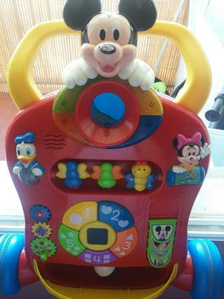 Mickey correpasillos