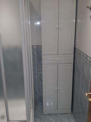 mueble cuarto de baño impecable