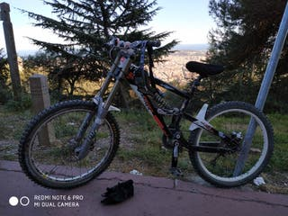 bici descenso acepto cambio por bici dh eléctrica