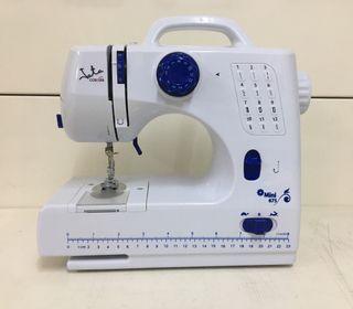 Maquina de coser Jata Mini 675