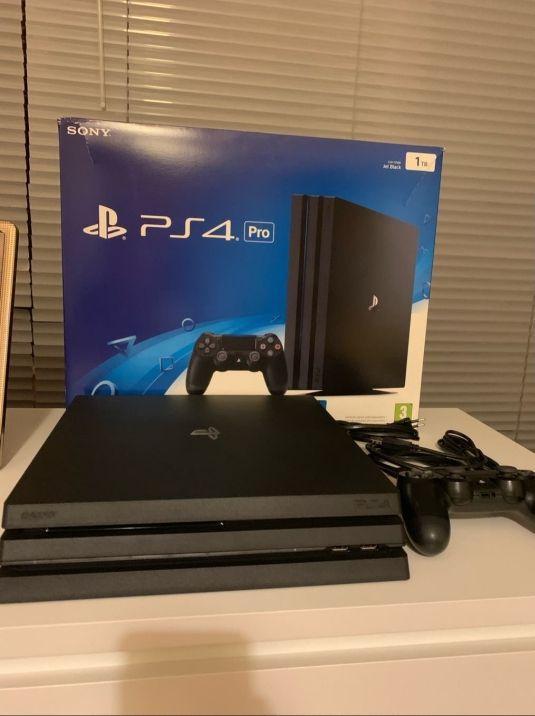 PS4 Pro 1TB + Garantía Extra Game + Mando