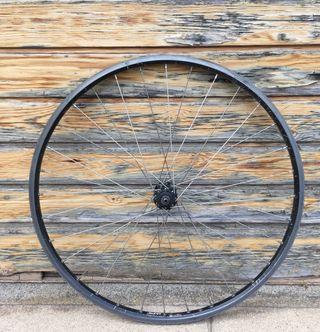Rueda SUNN / SACHS . 26 p. 0,86 kgs